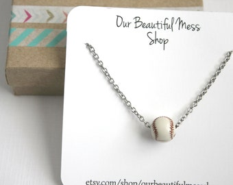 Baseball Bead Necklace / Baseball Necklace / Baseball Bead / Gifts for Her / Sports Jewelry / Baseball Jewelry / Mother's Day Gift / Sports