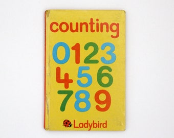 Vintage hardback book: Ladybird book of Counting