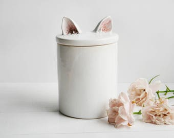Container with cat ears, white container, kitchen container, containter office, cat, kitten,