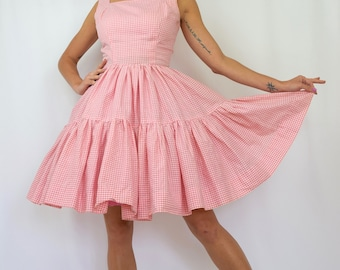 Vintage 50s Pink and White Gingham New Look Full Circle Sun Dress (size small, medium)