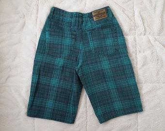 90s Denim Green Plaid Jean Shorts High Waisted Mom Jeans Long Wide Leg Shorts Unionbay 1990s 28 inch High Waist