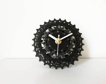 Bike gear clock, bicycle gear clock, gift for boys, gift for him, cassette clock, sprocket clock