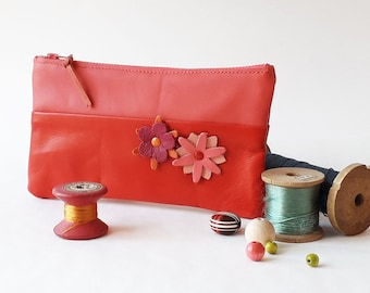 Leather pouch, cosmetic bag, pencil case, real leather, soft and supple leather, red leather, leather flowers, cotton lining, zip