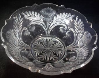 Cut glass bowl with leaves