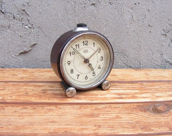 Vintage German mechanical alarm clock, Brown alarm clock UMF Ruhla, Retro Desk Clock, Office decor