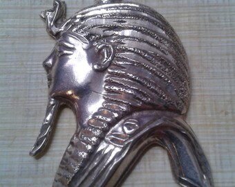 Vintage silver Egyptian revival Tutankhamun pendant