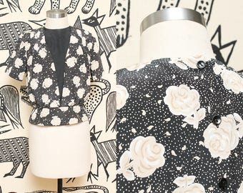 80s Floral Short Sleeve Blouse // Ivory Black Polka Dot Top Koret Petites Feminine Shirt V Neck Size Small
