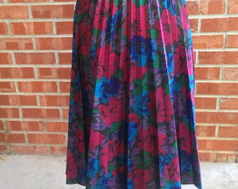 Vintage 80s Carriage Court multicolored floral maxi skirt with elastic waist. Size 16P