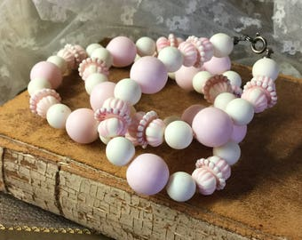 Powder Pink White Marshmallowy Lucite Bead Necklace Unsigned Single Strand Round Rondelle Beads Pink White Feminine Woman