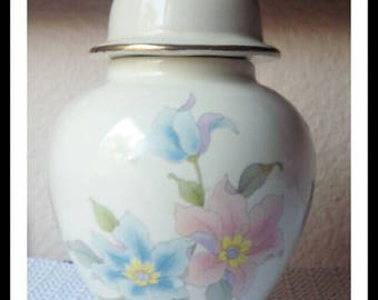 Vintage Gold Trim Floral Ginger Jar