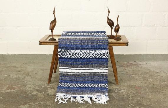 "große traditionell gewebte Decke aus Mexiko 180 x 130 cm navy ""Falsa"" Stranddecke Jogadecke Picknickdecke Navajo blanket mexican blanket"
