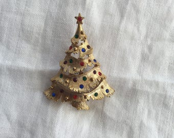 J J  Jonnet Decorated Christmas Tree Pin Brooch signed 2 1/4""