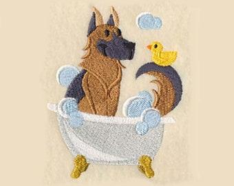 Torchon de berger allemand de baignade | Brodé serviette | Broderie torchon | Personnalisé torchon | Cadeau d'amant de chien | Serviette de toilette