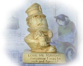 Paula figurine - humorous gift - novelty figurine -  R & W Berries - vintage Russ Berrie -  # 98