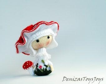 Amanita muscaria Doll  - pdf knitting pattern. Tanoshi series toy.