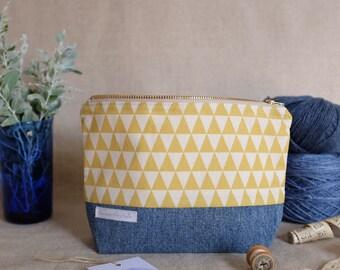 Zip Pouch - Knitting notions bag / Zipper bag / Zipper Pouch / Travel Pouch for knitting