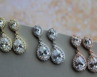 Set of 3,4,5 Bridesmaid Earrings , Bridal Earrings, Crystal Teardrop Earrings,  Zircon Earrings, Bridesmaid Gift, Bridal Jewelry , UK