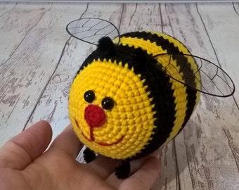 Bumble bee crochet Bumble bee toy Stuffed bee Honey bee Nursery decor Baby bedroom decor Funny Valentine gift for girlfriend Amigurumi bee