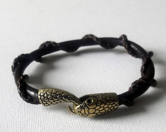 Men's Snake braided leather cuff, Soft leather bracelet with snake closure in copper color