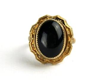Antique Vintage Victorian Rose Gold Black Onyx Ring - Saw Tooth Bezel Set - Etched Gold Frame - Ornate Design - Size 4.25