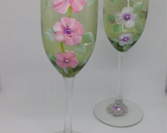 Hand painted floral champagne flutes - set of two - minimalistic - quiet beauty - Wedding Accessory or gift - Crystal Rhinestones
