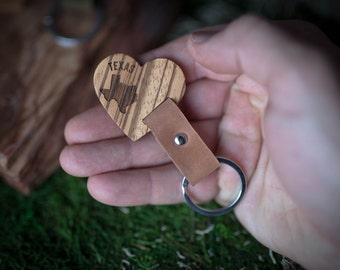 Wooden Leather Keychain - Zebrano  Key Chain America, State of USA. wood key chain. Brown Leather key ring. Boyfriend Groomsmen gift.
