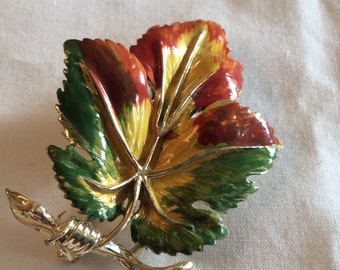 Vintage Exquisite Goldtone and Enamel Autumn Leaf Brooch