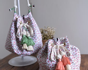 Small Flower bucket bag, small flower pattern red and green tassel bucket bag. Ready to ship