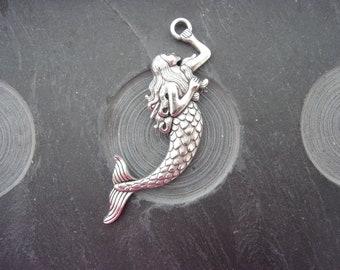 Mermaid silver plate pendant
