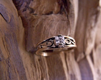 10K Gold Small Crow Ring with Princess Cut Cubic Zirconia RF165