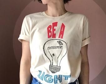 Positive light // Vintage 70s inspired // Unisex T-Shirt