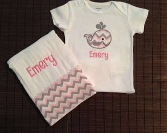 Personalized Onesie and Burp cloth set, Baby burp cloth, Onesie, Embroidered burp cloth onesie, Personalized burp cloth, Custom burp cloth