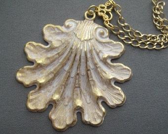 Shell Necklace - Shell Jewelry - Beach Jewelry - Seashell Pendant - Nautical Necklace - Nautical Jewelry - Ocean Jewelry - Beach Necklace