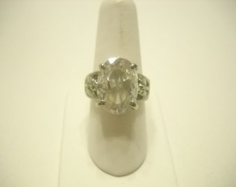 LARGE CLEAR CRYSTAL Ring 9 1/2-10 (9953) Faceted And Very Sparkly