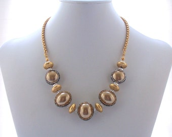 Necklace Micro Pave Crystal enhanced Golden Shell Pearl Matte Gold Swarovski Crystal Textured Modern Fashion Chain Jewelry Jewellery
