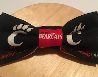 "University of Cincinnati Bearcats bow tie, Cincinnati Bearcats bow tie, alumni bow tie, graduation gift. Pre-tied cotton with 18"" strap"