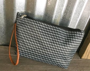 Wristlet/Black and White Houndstooth Patterned On the Go Wristlet with Monogram