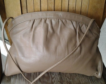 SMOOTH    ///   Leather Convertible Vintage Purse