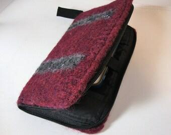 Smart phone wallet in plum felted wool