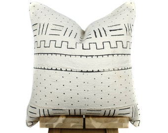 Authentic African Mudcloth Pillow Cover, African Mud Cloth Pillow | Cream & Black