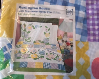 Vintage New Old Stock Full Fitted Floral Bed Sheet Burlington House