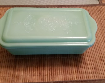 Anchor Hocking Fire King Jadeite Large Refrigerator Dish with Lid - Philbe Pattern