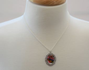 Vintage Glass Pendant Necklace