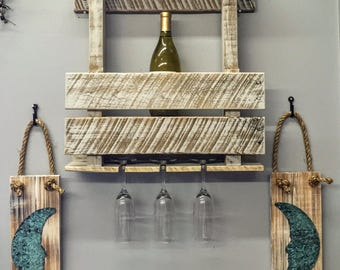 Pallet Wood Wine Bottle & Glass Wall Display
