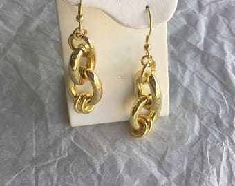 1AR Link Dangle Earrings