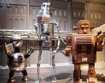 Stop Motion Robot Puppets by professional Modelmaker