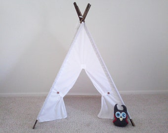 Muslin Tent With stained poles White Teepee Play Tent , Tipi , Wigwam or Playhouse Pick your Muslin
