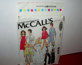 """Vintage McCall's Sewing Pattern #6317- Wardrobe Suitable for 11-1/2"""" Dolls"""
