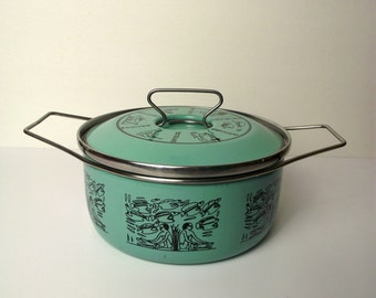 Siltal Italy MidMod 1960's 1970's Modern Turquoise Enamel Cooking Pot Egyptian Fish Dutch Oven