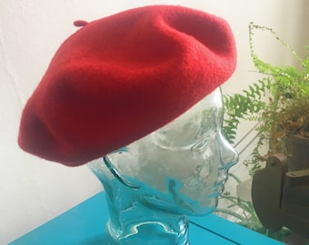 Red Beret Vintage Wool 50s 60s French Style